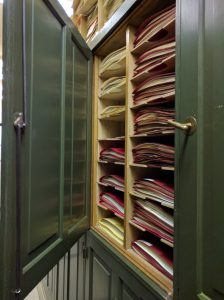Thar be gold in them thar herbarium cabinets...